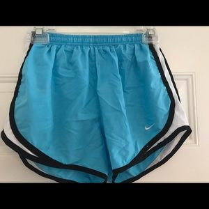Nike dri fit tempo running shorts small